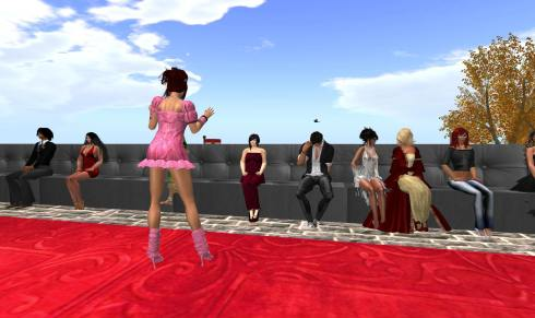 Liz modelljei sikert arattak _013